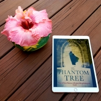 The Phantom Tree by Nicola Cornick #bookreview #tarheelreader @nicolacornick @harlequinbooks #thephantomtree