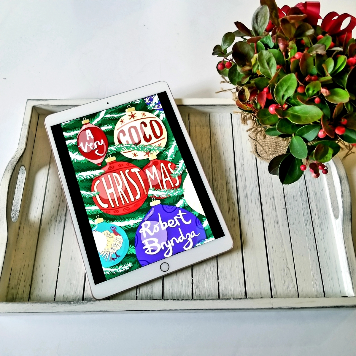 A Very Coco Christmas by Robert Bryndza #bookreview #tarheelreader #thrcocoxmas @robertbryndza @botbspublicity #averycocochristmas #teambryndza #blogtour #bookgiveaway