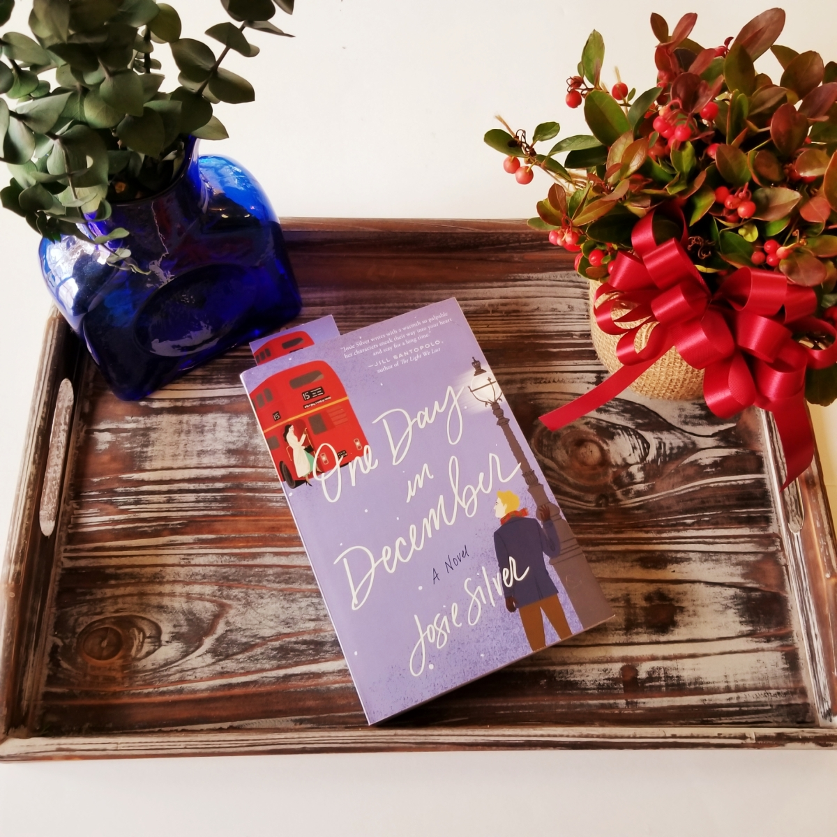 One Day in December by Josie Silver #bookreview #tarheelreader #thronedecember @josiesilver_ @crownpublishing @penguinrandom #onedayindecember #6bookbestiesonedayindecember #6bookbestieapproved #goodreads #bookclub