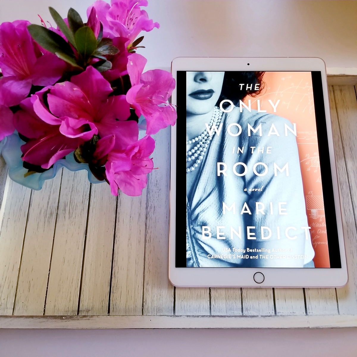 The Only Woman in the Room by Marie Benedict #bookreview #tarheelreader #thronlywoman #mariebenedict @sourcebooks @sbkslandmark #theonlywomanintheroom