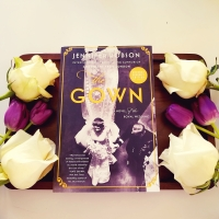The Gown by Jennifer Robson #bookreview #tarheelreader #thrthegown @authorjenniferr @wmmorrowbooks #thegown