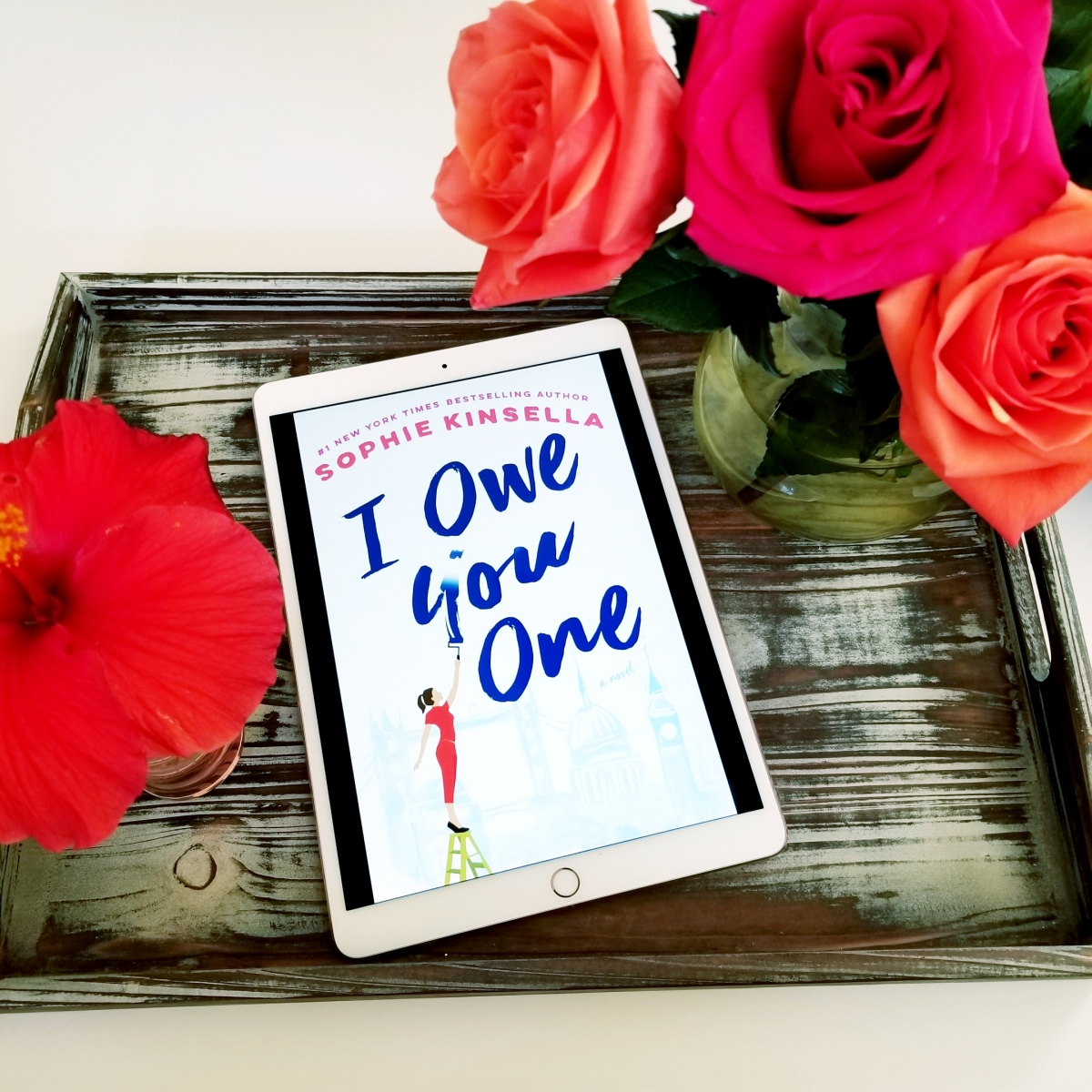 I Owe You One by Sophie Kinsella #bookreview #tarheelreader #throweyou @kinsellasophie @randomhouse #thedialpress #ioweyouone