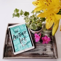 In Another Life by C.C. Hunter #bookreview #tarheelreader #thrinanotherlife @cchunterbooks @stmartinspress @wednesdaybooks #inanotherlife #blogtour