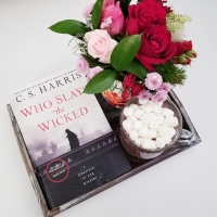 Who Slays the Wicked by C.S. Harris #bookreview #tarheelreader #thrwhoslays @csharris2 @berkleypub #whoslaysthewicked #blogtour #bookgiveaway