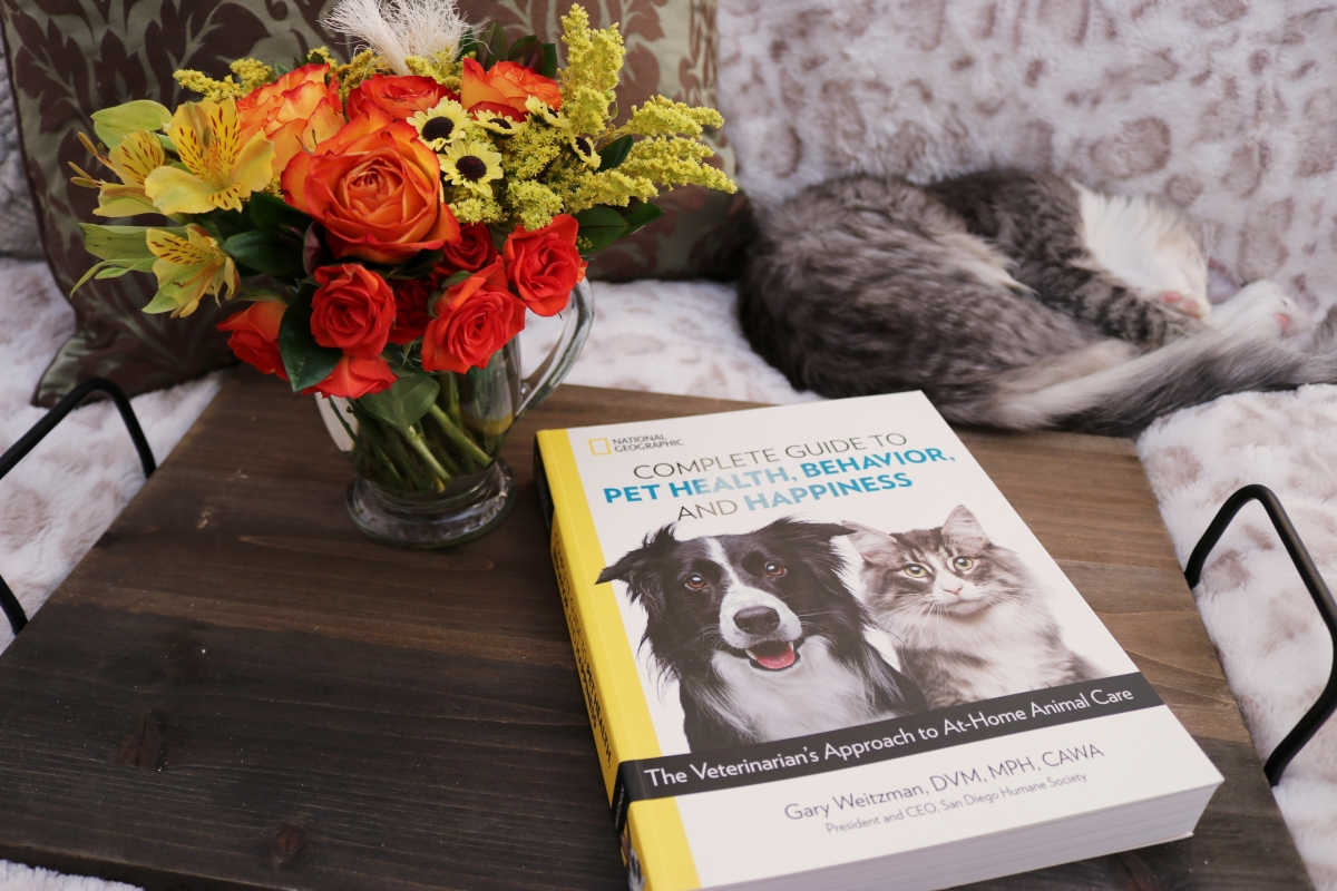 The Complete Guide to Pet Health, Behavior, and Happiness by Gary Weitzman #bookreview #tarheelreader @tlcbooktours #thecompleteguidetopethealth #blogtour