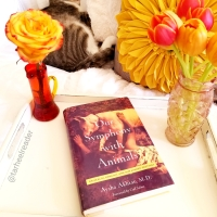 Our Symphony With Animals by Aysha Akhtar #bookreview #tarheelreader #throursymphony @drayshaakhtar #wunderbookspr @pegasus_books #oursymphonywithanimals