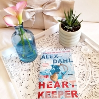 The Heart Keeper by Alex Dahl #bookreview #tarheelreader #thrheartkeeper @alexdahlauthor @berkleypub #theheartkeeper #blogtour #bookgiveaway