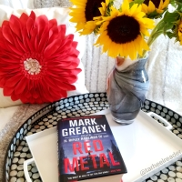 Red Metal by Mark Greaney #bookreview #tarheelreader #thrredmetal @markgreaneybook @berkleypub #redmetal