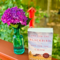One for the Blackbird, One for the Crow by Olivia Hawker #bookreview #tarheelreader #thronefortheblackbird #oliviahawker @amazonpub @luauthors @kcc_pr #onefortheblackbird
