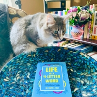 Life is a 4-Letter Word by Dr. David A. Levy #bookreview #tarheelreader #thrlifeisa4letterword @davidlevyauthor  @suzyapbooktours @mangopublishing #lifeisa4letterword
