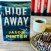 Hide Away by Jason Pinter #bookreview #tarheelreader #thrhideaway @jasonpinter @amazonpub @mbeatie #hideawaybook