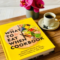 What to Eat When #bookreview #tarheelreader @tlcbooktours #whattoeatwhen #blogtour