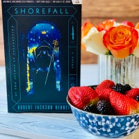 Shorefall by Robert Jackson Bennett #bookreview #tarheelreader #thrshorefall @robertjbennett @delreybooks @randomhouse #shorefall