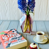 The King of Warsaw by Szczepan Twardoch #bookreview #tarheelreader #thrkingofwarsaw @amazonpub  #thekingofwarsaw #bookgiveaway #internationalbookgiveaway