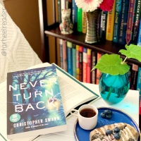 Never Turn Back by Christopher Swan #bookreview #tarheelreader #thrneverturnback @swannyauthor @crookedlanebks @suzyapbooktours #neverturnback #blogtour