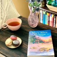 The Islanders by Mary Alice Monroe and Angela May #bookreview #tarheelreader #thrtheislanders @maryalicemonroe @angelamaybooks @simonkids @suzyapbooktours #theislanders #blogtour