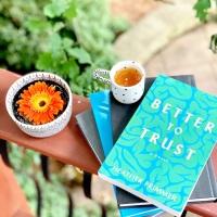 Better to Trust by Heather Frimmer #bookreview #tarheelreader #thrbettertotrust @heatherfrimmer @suzyapbooktours #bettertotrust #blogtour